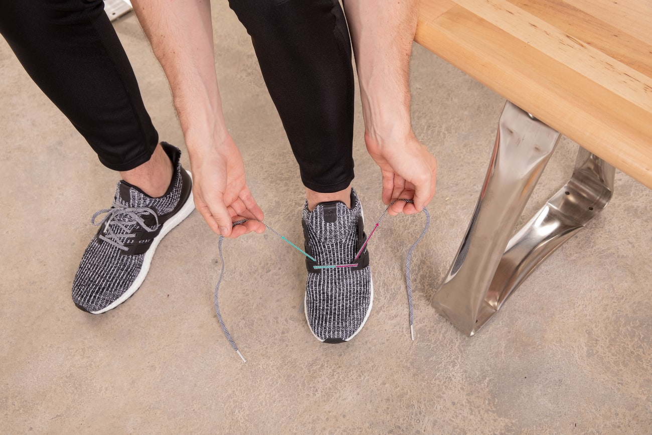 how-to-runners-loop-lace-running-shoes-step1
