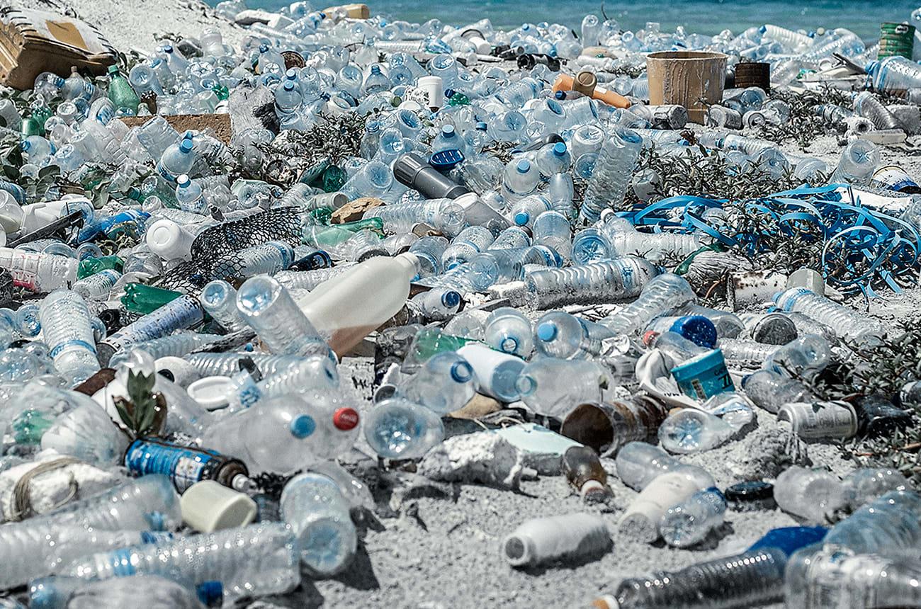 parley-xcat-fw19-editorial-problem-of-ocean-plastic-image-01