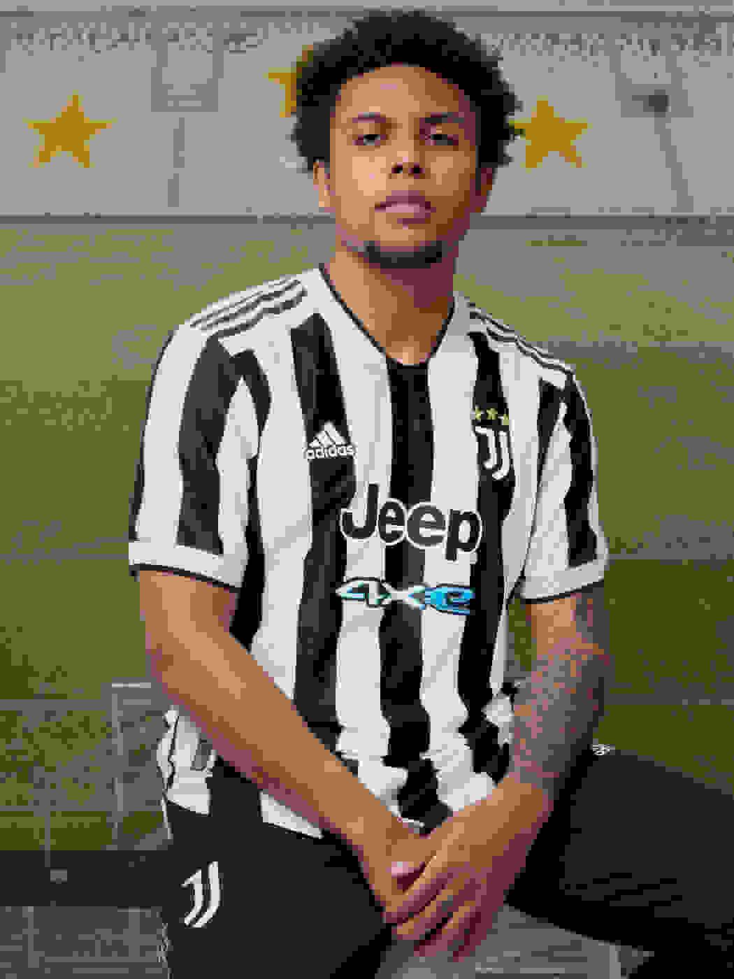 Male Player wearing Juventus Home Jersey