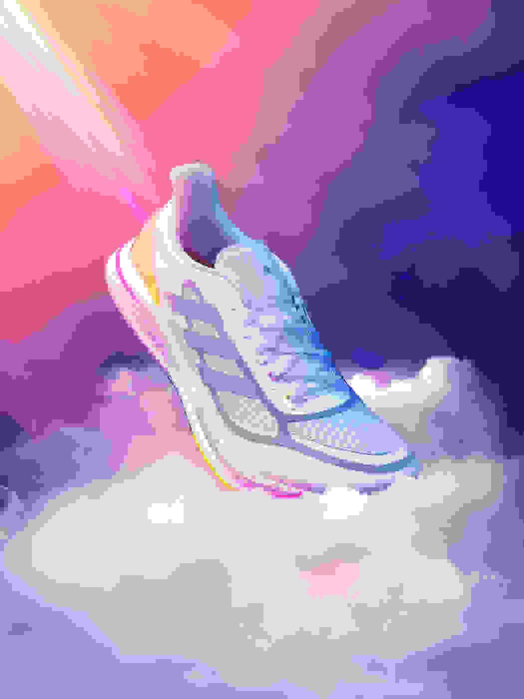 Supernova running shoe