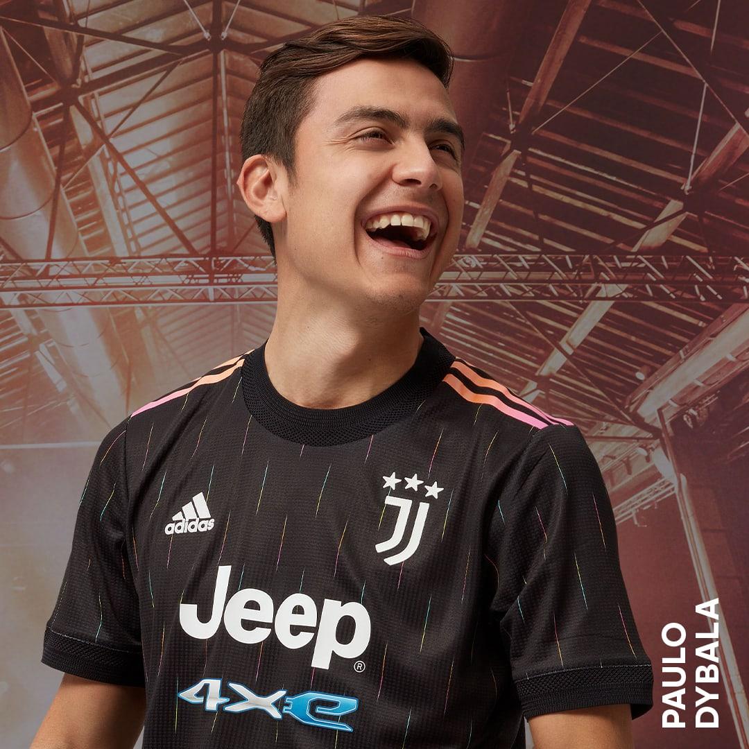 Männer Fußball Juventus Turin 21/22 Auswärtstrikot Authentic Schwarz