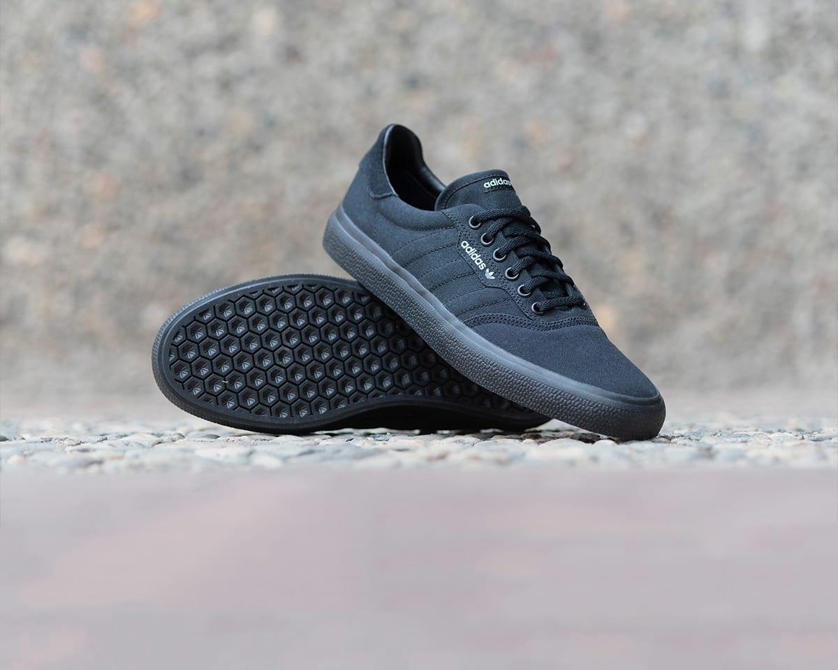 8319fd3da Skateboarding  Pro Skate Shoes   Accessories