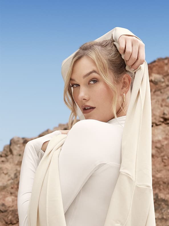 Karlie Kloss in new collection