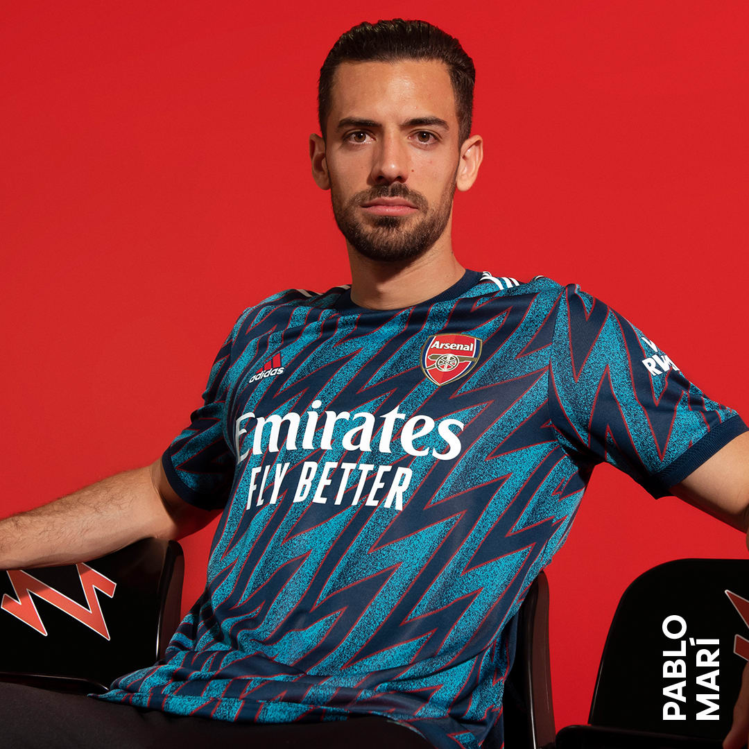 Arsenal FC Shop: Soccer Kit, Jerseys & Merchandise | adidas US