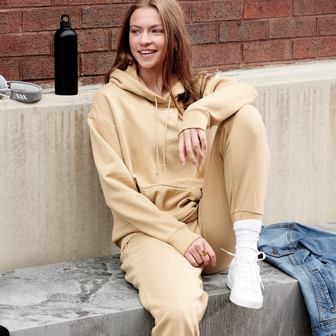 Sweat-shirt à capuche Trefoil Essentials Beige Femmes Originals