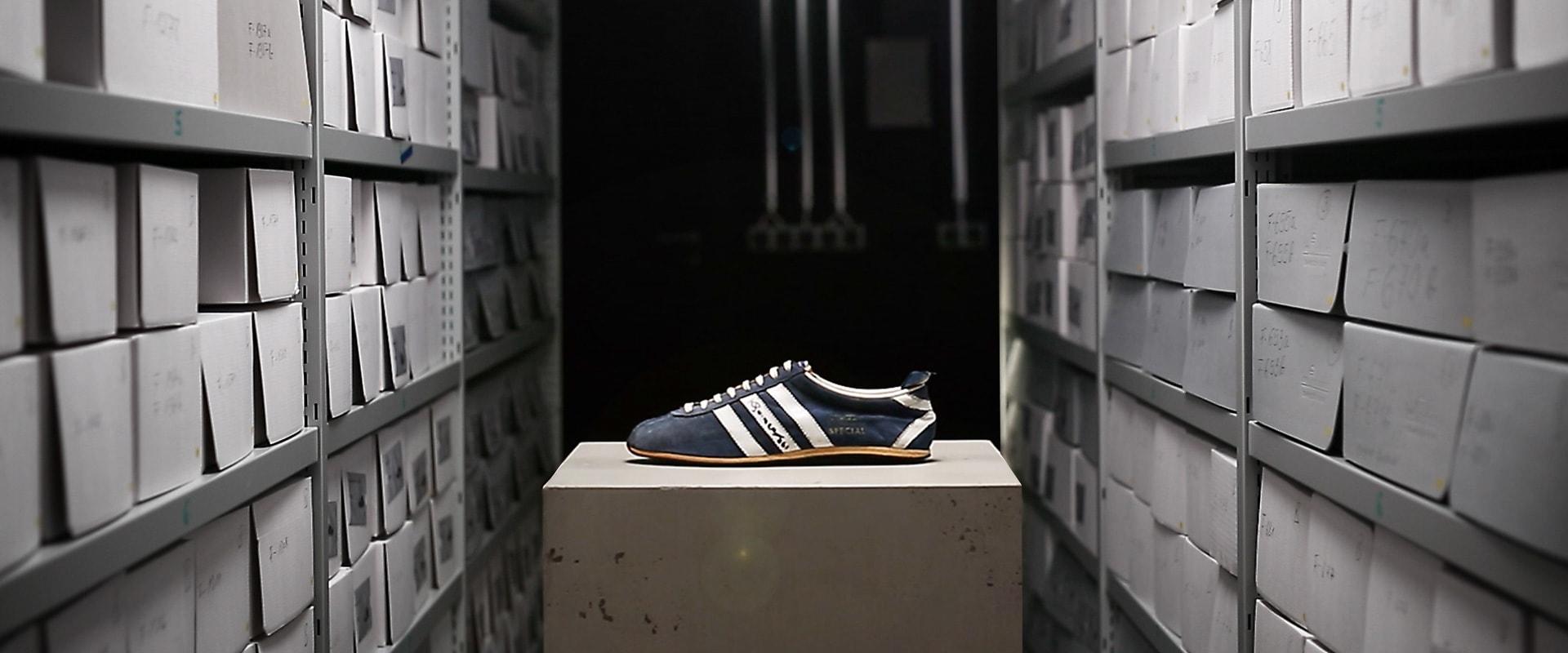 negozio scarpe adidas lucca