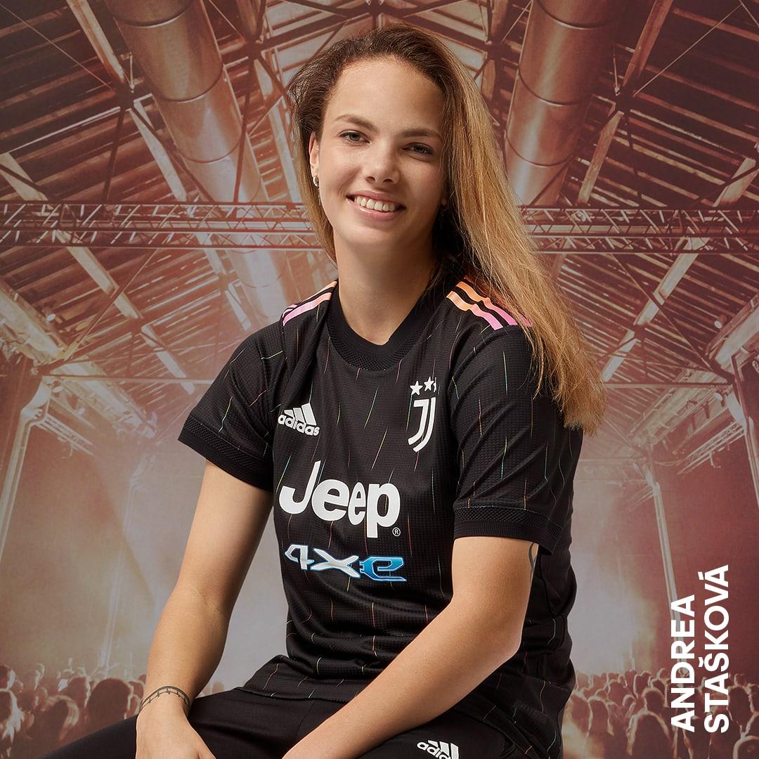Abbigliamento Juventus da Donna • adidas | Shop online su adidas.it