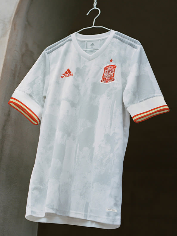 The new Spain Away jersey is shown here. With splashes of colour, the design reflects the creativity that marks the current Spanish side.