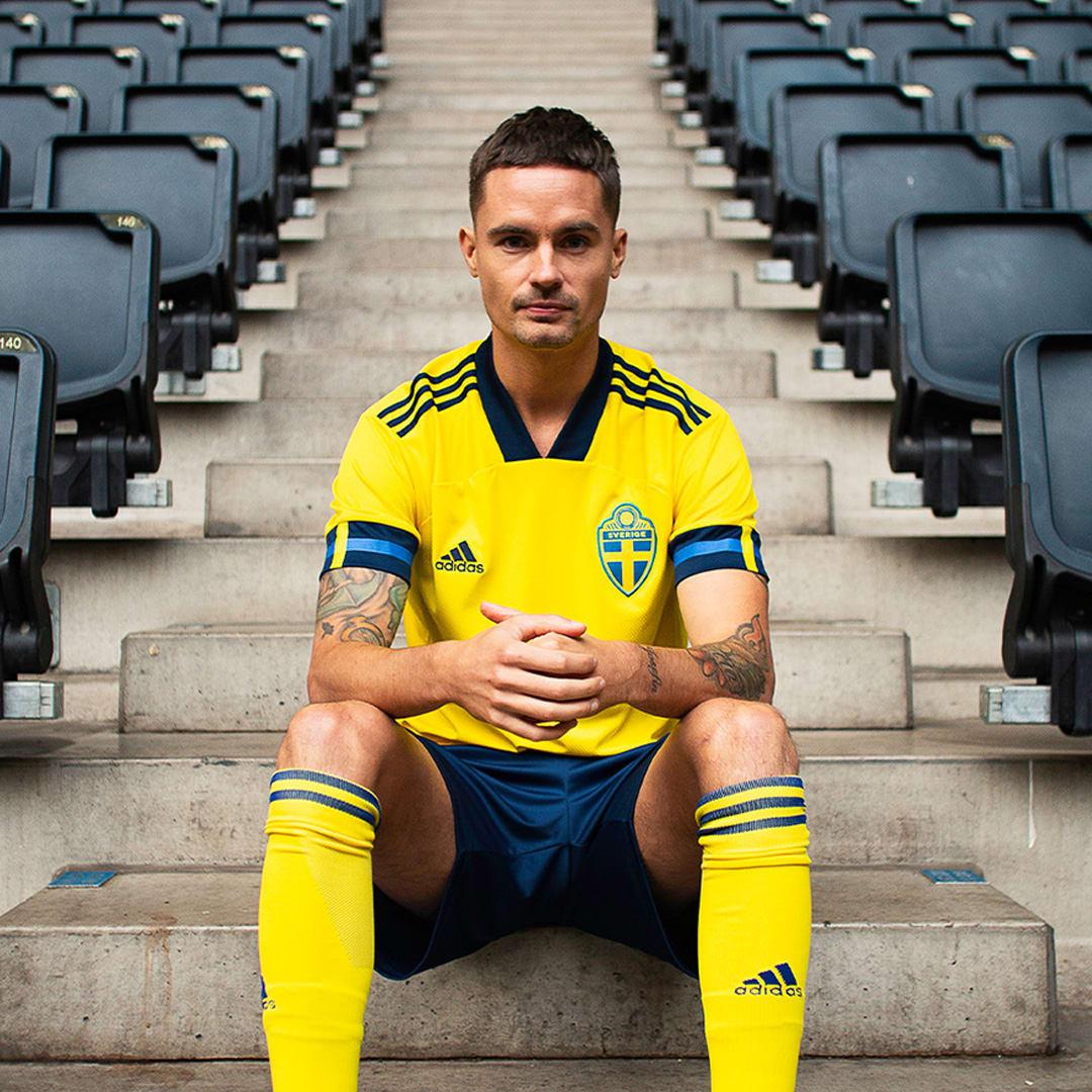 Heren Voetbal Geel Zweden Thuisshirt
