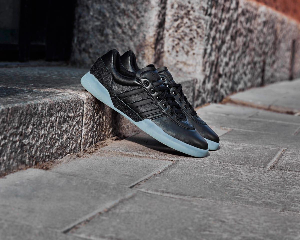49b4bb55726 Skateboarding  Pro Skate Shoes   Accessories